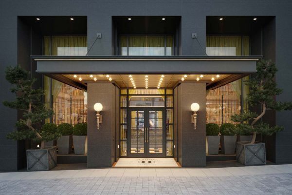 Luxurious Hotel-Like Entrance